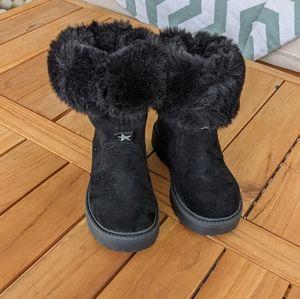 ⬇️ Zara boots